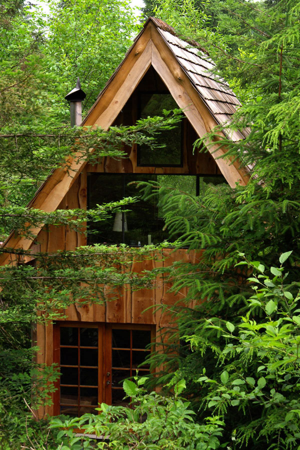 51_A-Lovely-Forest-Home-Built-With-A-11000-Budget_0-f_mini