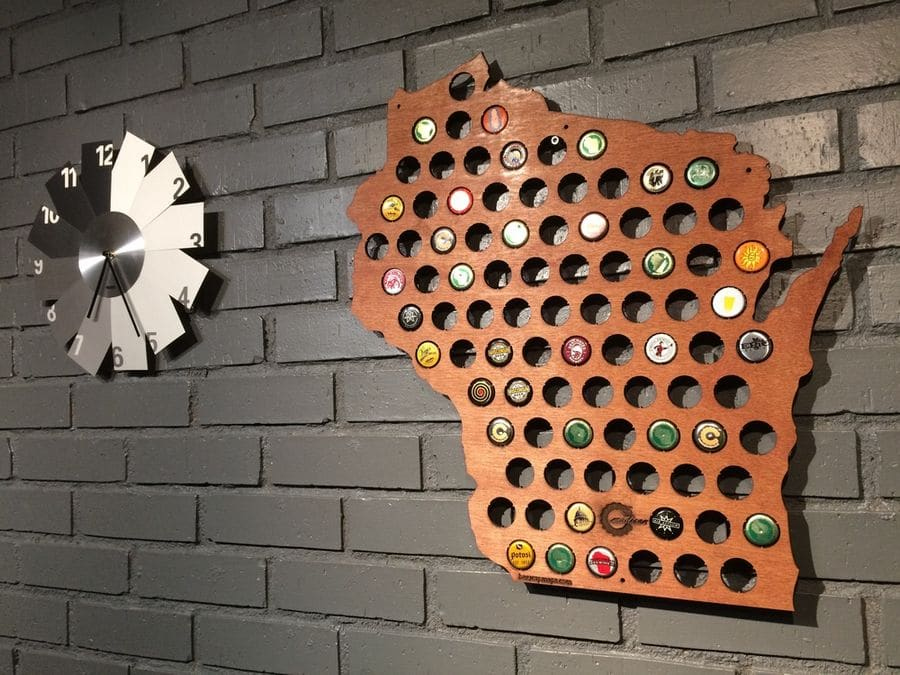wooden-beer-cap-maps-6