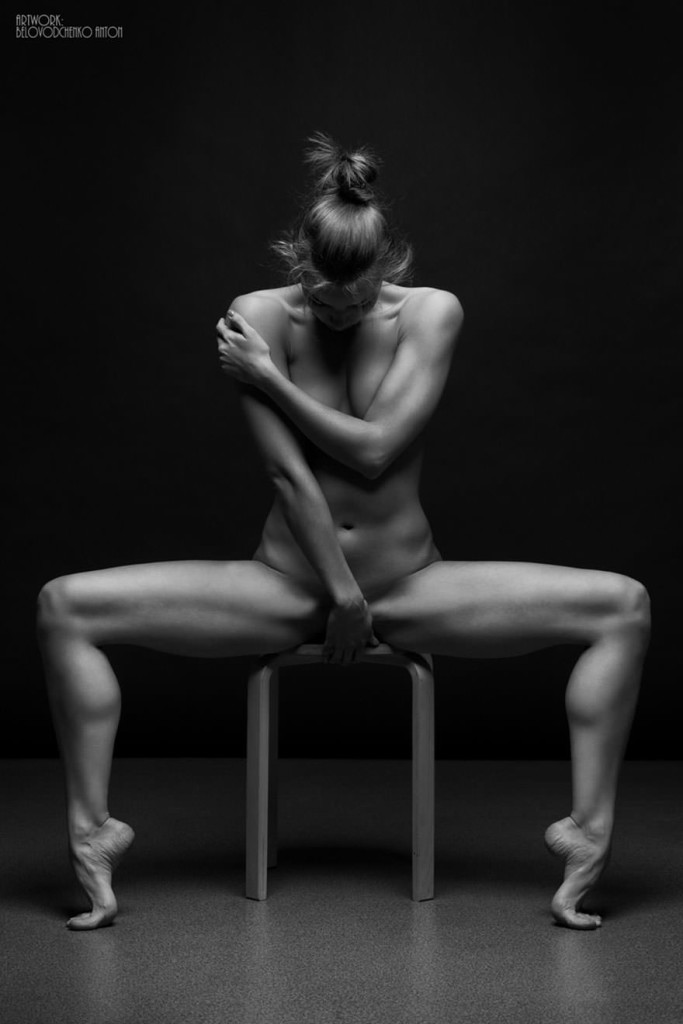 black-and-white-portraits-women-body-bodyscapes-anton-belovodchenko-171_mini