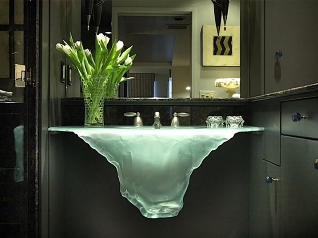 extraordinary-glass-bathroom-sink-waterfal-effect-contemporary-bathroom-furniture (1)