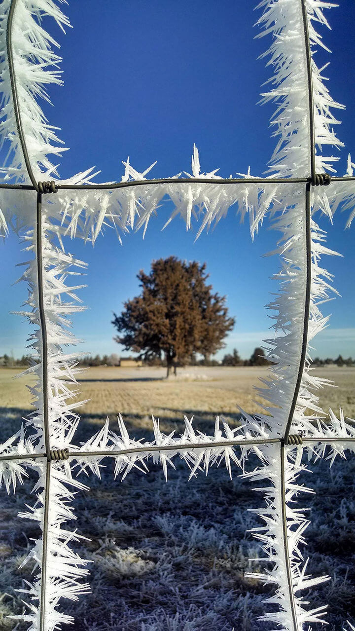 22-Ice-and-Snow-Formations-That-Displays-the-Magic-of-Winter-14 (1)