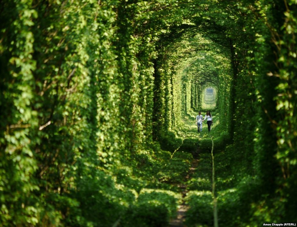 tunnel-of-love-klevan-110