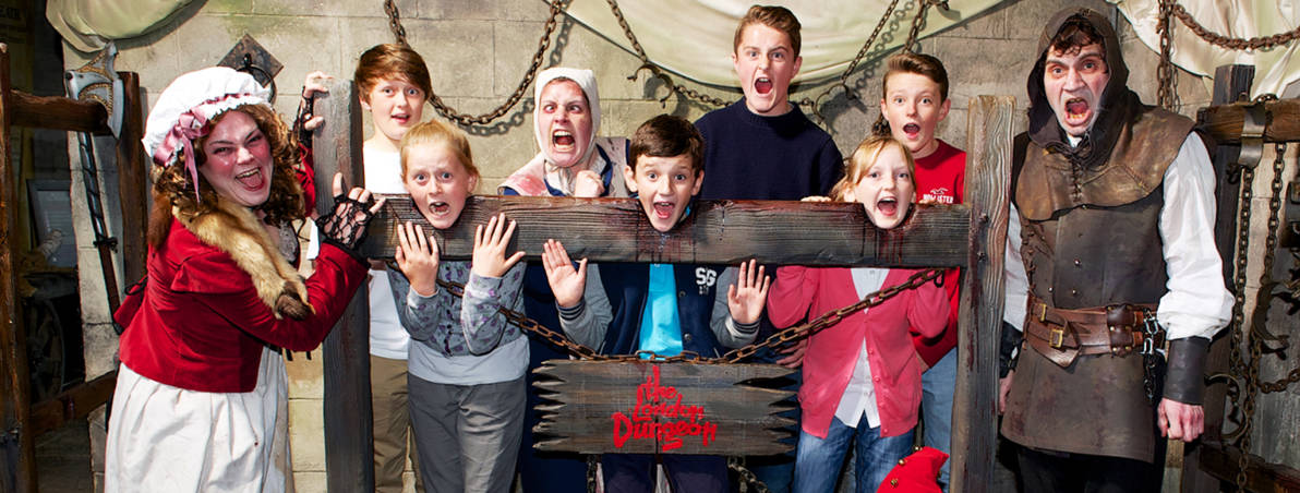 the london dungeon The london dungeon is a tourist attraction[1] along london's south bank, england, which recreates various gory and macabre historical events in a gallows humour style it uses a mixture of live actors, special effects and rides.