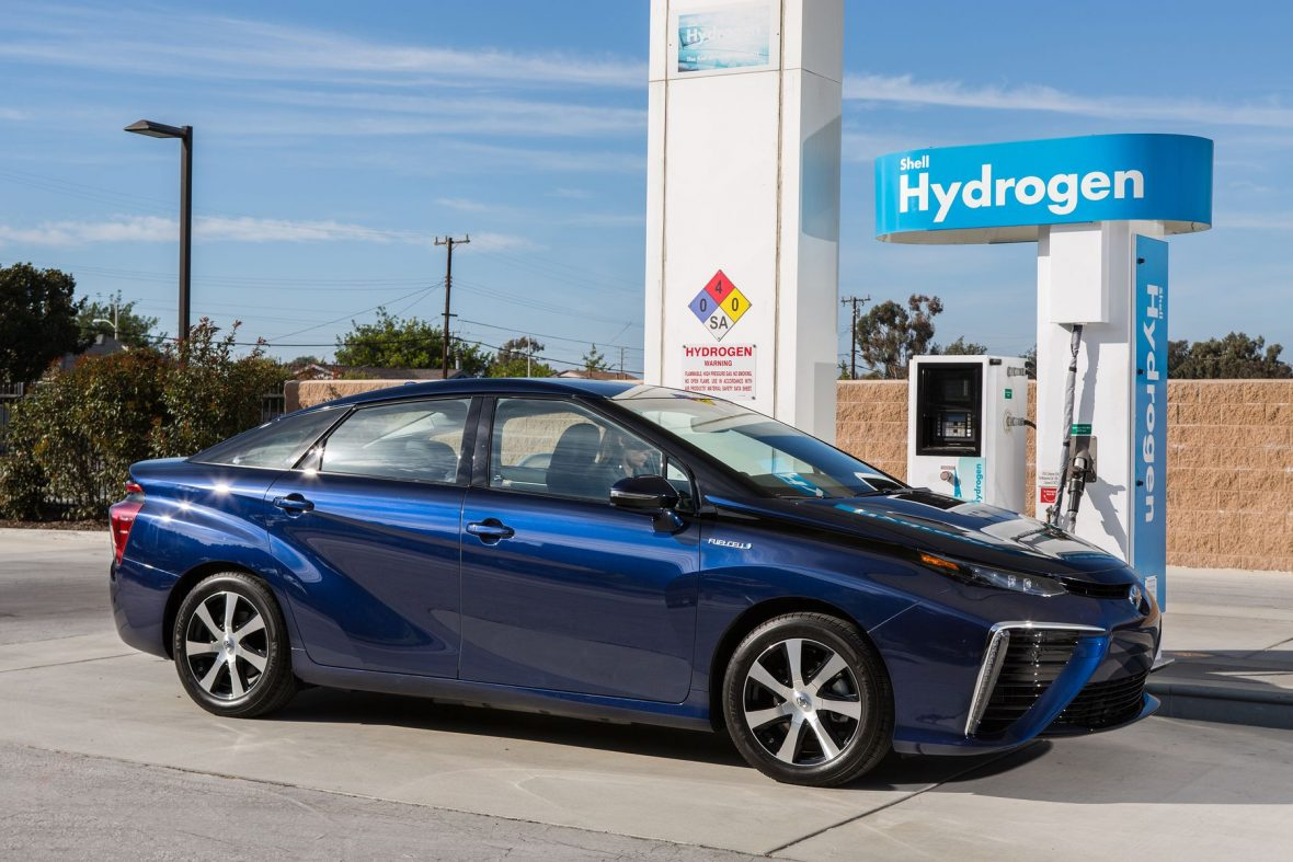 toyota_fuel_cell_vehicle