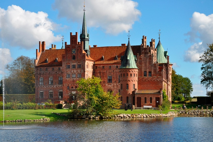 680-egeskov-castle-in-denmark