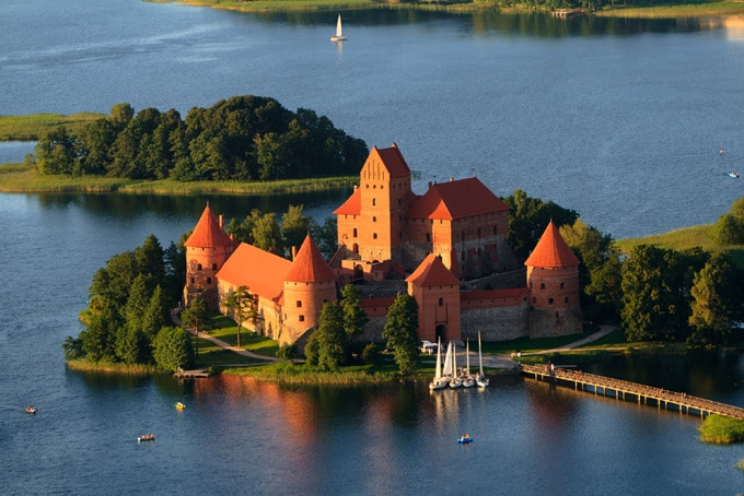 680-trakai-castle-in-lithuania