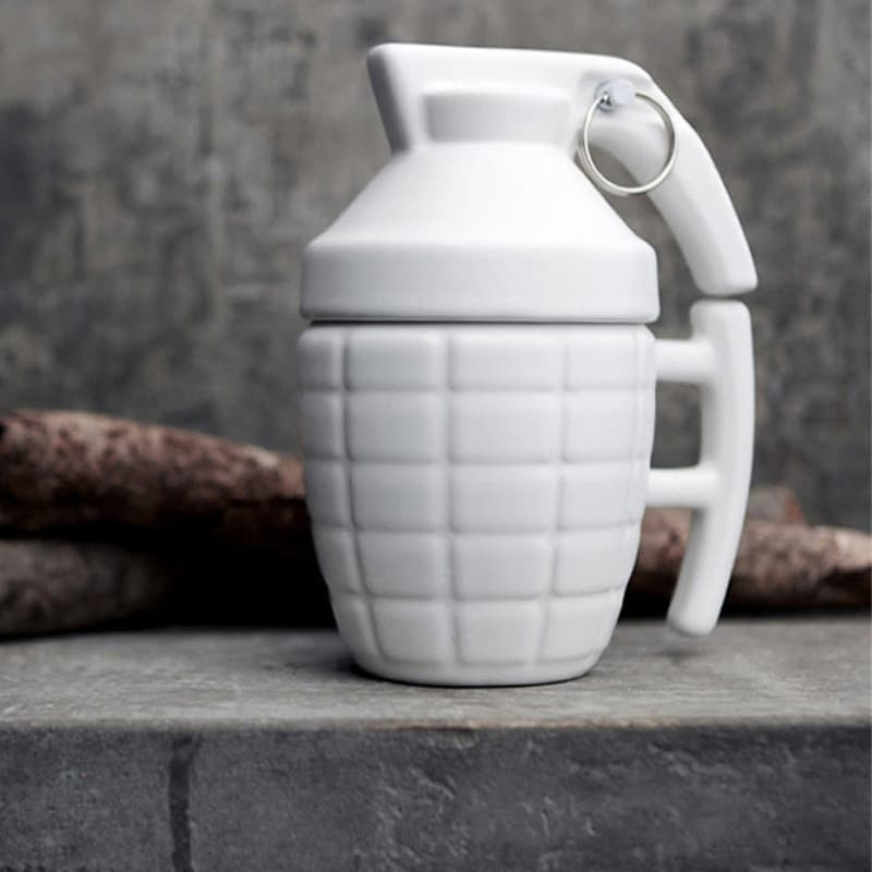 300ml-novlelty-grenade-shape-pottery-cup-with-lid-cool-military-style-drinkware-water-glass-for-man