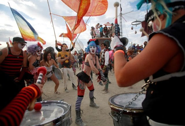 festival-burning-man-2016-v-nevade-14