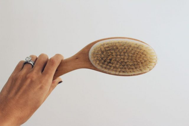 Benefits-of-dry-brushing