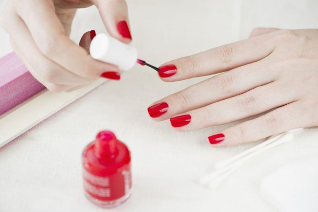at_home_manicure.0